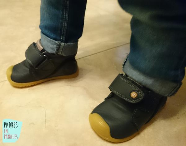 62547572383 Zapatos de primeros pasos. Características.