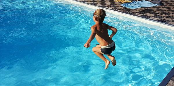 consejos-piscina-niños-normas