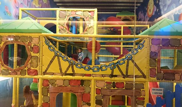 Donde celebrar cumplea os infantiles disfruti - Como hacer un parque infantil ...